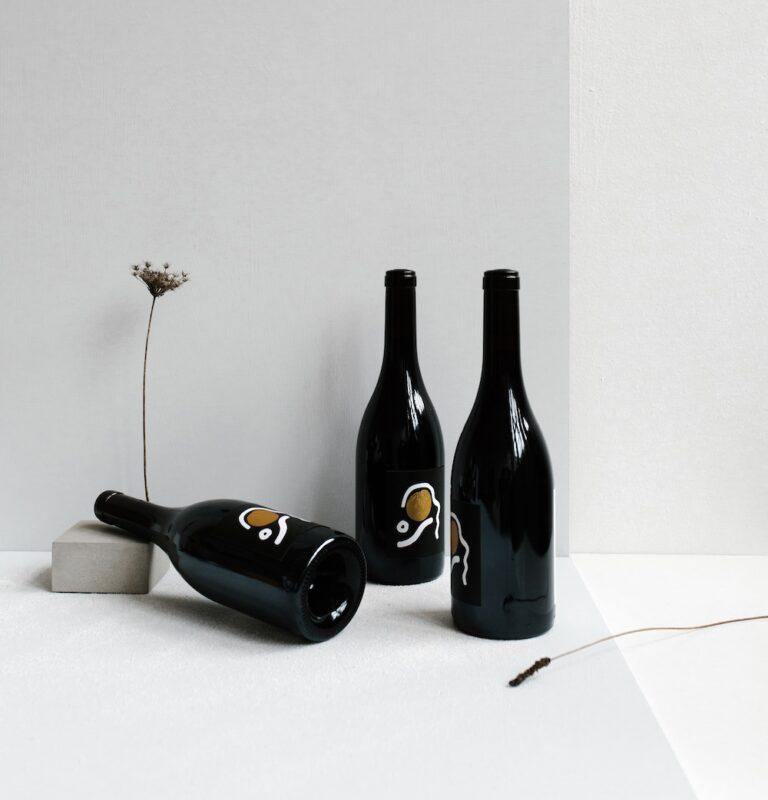 aesop-wines-yH6kh_DGBHY-unsplash